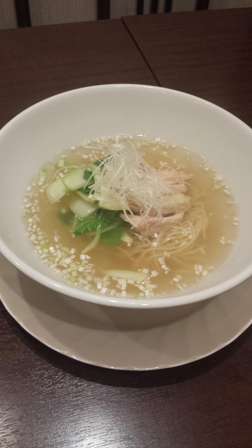 蒸し鶏と青菜のさっぱり塩味スープ麺